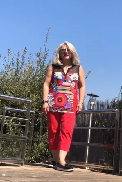 Pantacourt été femme toile stretch taille haute rouge Ovo